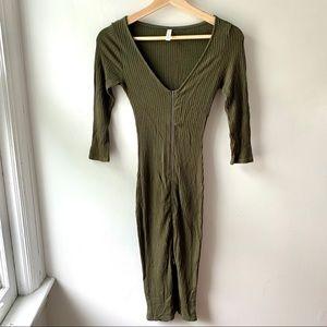 A+ Ellen Ribbed Exposed Zipper Bodycon Dress